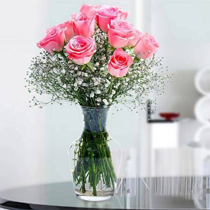 Glorious 12 Pink Roses BH: Send Gifts to Bahrain