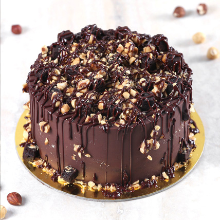 Crunchy Chocolate Hazelnut Cake Half Kg: Cake Delivery in Kuwait