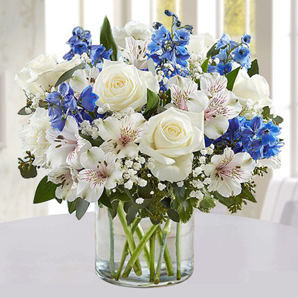 Blue and White Floral Bunch In Glass Vase: Carnation Flowers