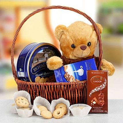 Cuddly Wishes: Easter Chocolates