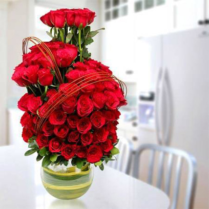 Romantic Arrangement: Premium Gifts