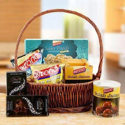 Charming Hamper of Love: Diwali Gifts