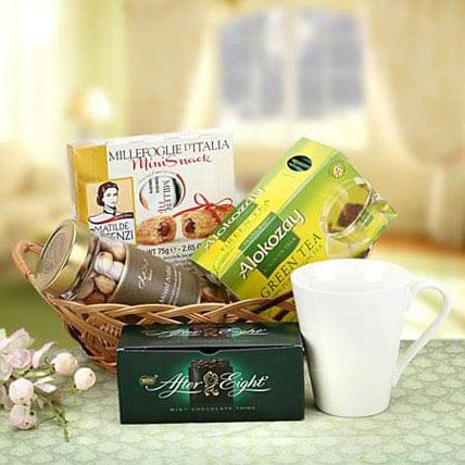 Refreshing Gift: Mothers Day Dry fruit Hampers