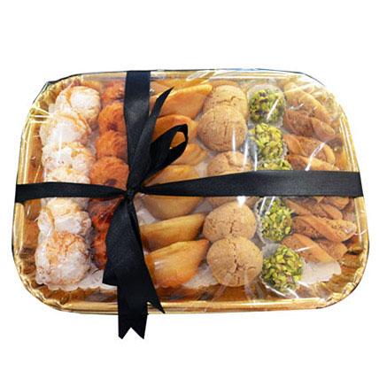 Deluxe Sweet N Savory Tray: Send Sweets in Ajman