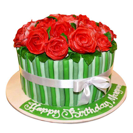 Bunch of roses Cake: Congratulations Cakes