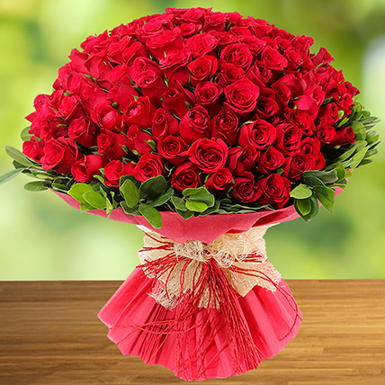 100 Red Roses: Flower Delivery for Her