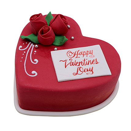 Heart Shaped Valentine Cake 1Kg: Valentine Cakes to Umm Al Quwain