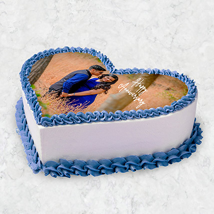 Heart Shaped Photo Cake 10 Pax: Heart Shaped Cake Delivery