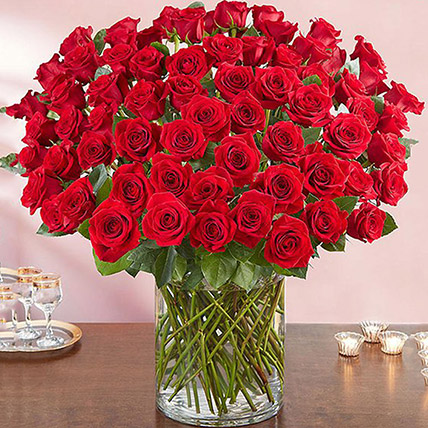 Ravishing 100 Red Roses In Glass Vase: Premium Flowers
