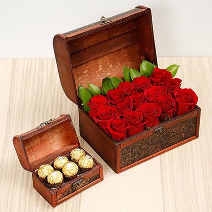 Elegant Box Of 15 Red Roses and Chocolates: Chocolates