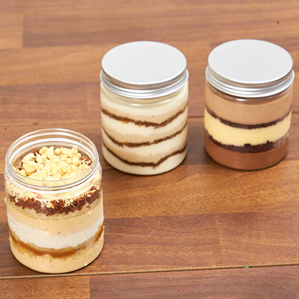 Jar Cakes Tempting Trio: Cake In a jar