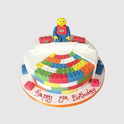 Colourful Legoland Cake: Lego Cakes