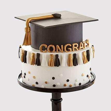 Graduation Hat Grand Cake: Graduation Cakes