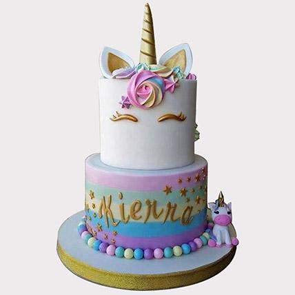 Unicorn Themed Cake: Unicorn Cakes