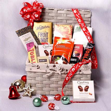 Delicious Basket Hamper: Christmas Gifts