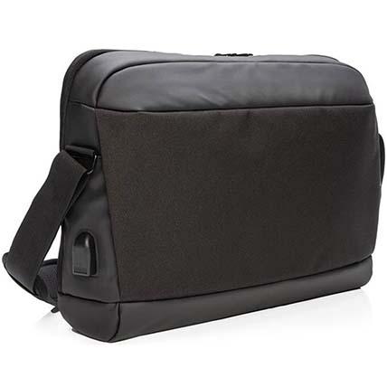 Comfortable Laptop Messenger Bag: Handbags