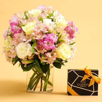Exotic Blossoms and Godiva Chocolate Bar: Buy Anniversary Chocolates