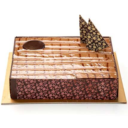 Cappuccino Cake: Cake Delivery in Al Ain