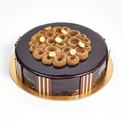 Crunchy Chocolate Hazelnut Cake: Anniversary Eggless Cakes