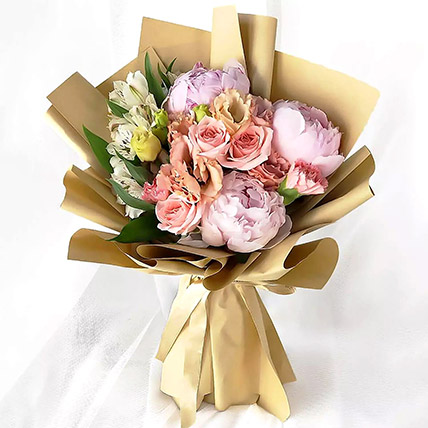 Pink Elegance Bouquet: Flower Delivery In Dubai