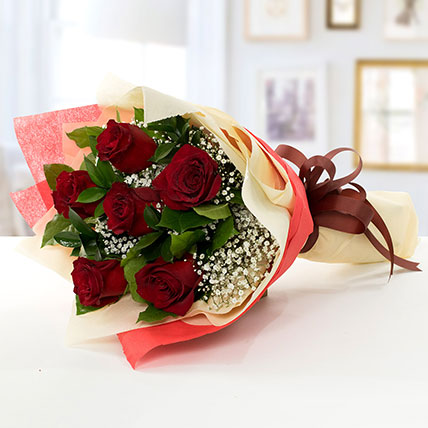 Beauty of Love: Roses Bouquet