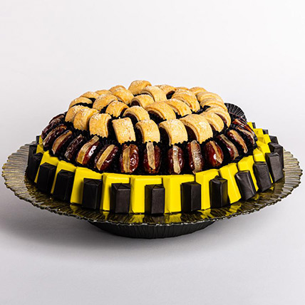 Dates Chocolates and Maamoul Tray: Dates