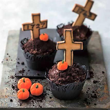 Graveyard Cup Cakes: Halloween Cupcakes