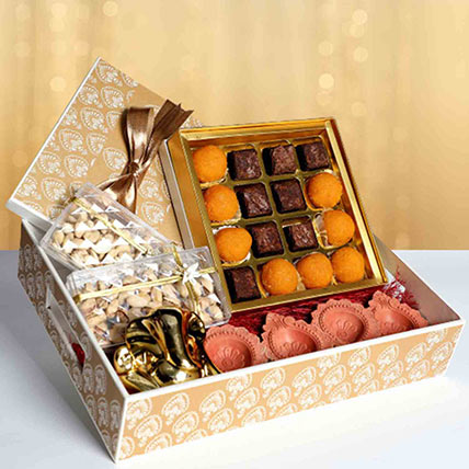 Golden Tray Diwali Hamper: Diwali Gifts