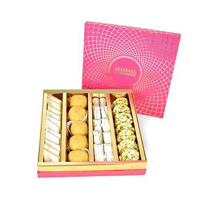 Sweets Box: Dubai Sweets