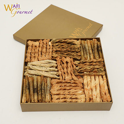Box of Assorted Wafi Gourmet Salty Biscuits 855g: Wafi Gourmet