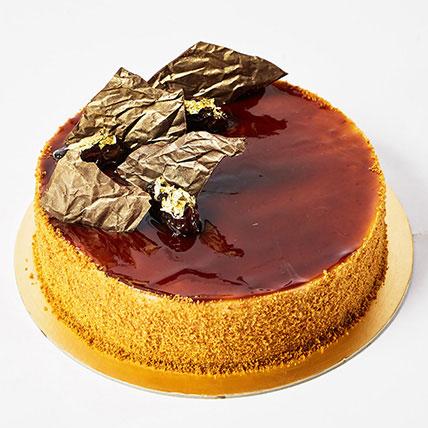 Date Cream Cake: