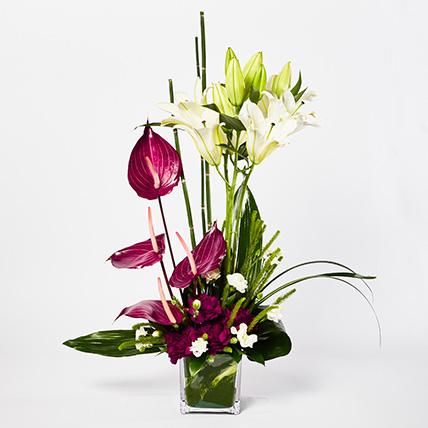 Heavenly Mixed Flowers Vase Arrangement: