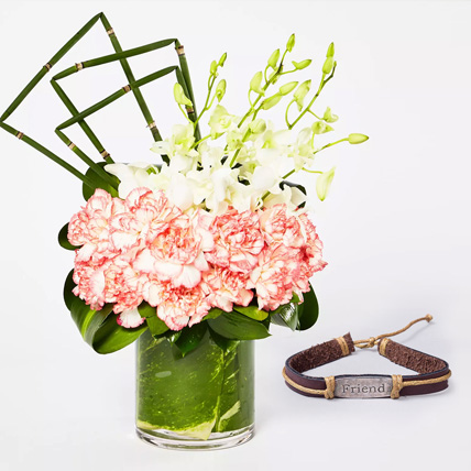 Exquisite Flowers With Friendship Band: Friendship Day Bands