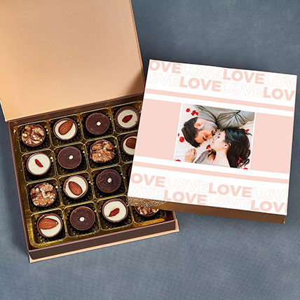 Love Expressions Personalised Assorted Chocolates: Chocolates For Anniversary