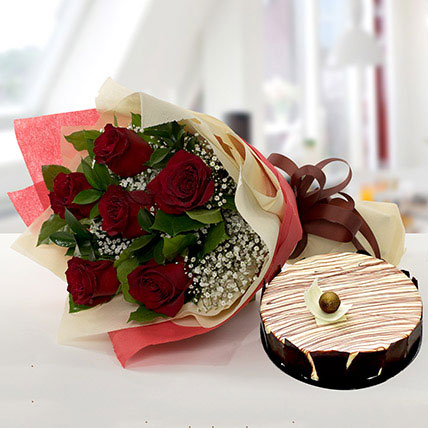 Enchanting Rose Bouquet With Marble Cake QT: Gift Delivery in Qatar