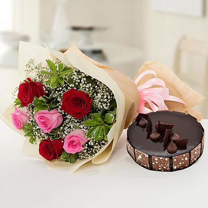Beautiful Roses Bouquet With Chocolate Cake SA: Flower Delivery Saudi Arabia