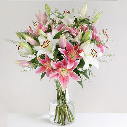 Mixed Oriental Lilies Vase Arrangement: Send Mothers Day Gifts UK