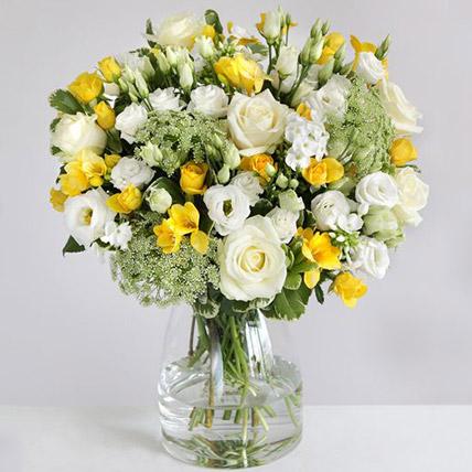 The Lemon Floral Arrangement: Send Gifts to UK